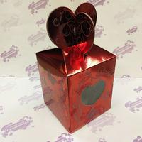 Коробка подарочная для КРУЖКИ с окном Сердце Красная